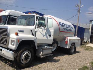 xe tải chở khí gas FORD l8000