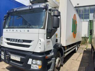 xe tải đông lạnh IVECO AD260S420P lenkachse dabl
