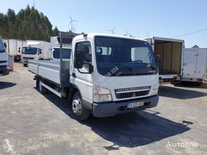 xe tải san phẳng Mitsubishi Fuso