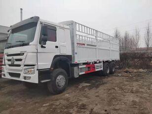 xe tải thùng kín HOWO Cargo truck