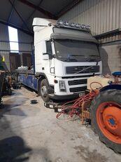 xe tải vận chuyển ô tô VOLVO FM12 380